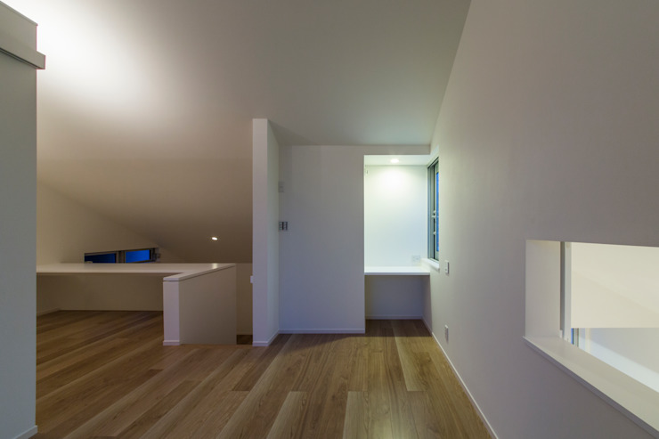 Modern Bedroom by Kenji Yanagawa Architect and Associates Modern Wood Wood effect