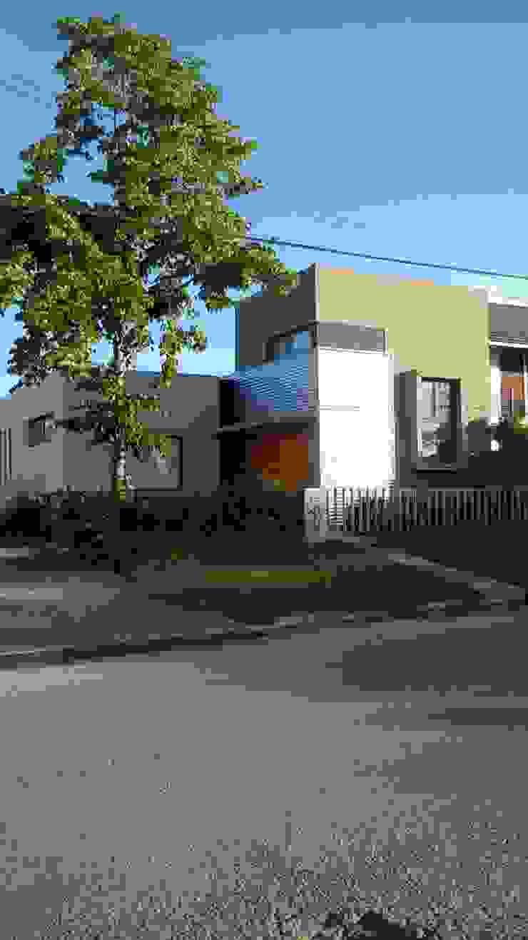 casa de artistas Casas minimalistas de Estudio de arquitectura MSM (Mar del Plata+Balcarce+Tandil) Minimalista Contrachapado