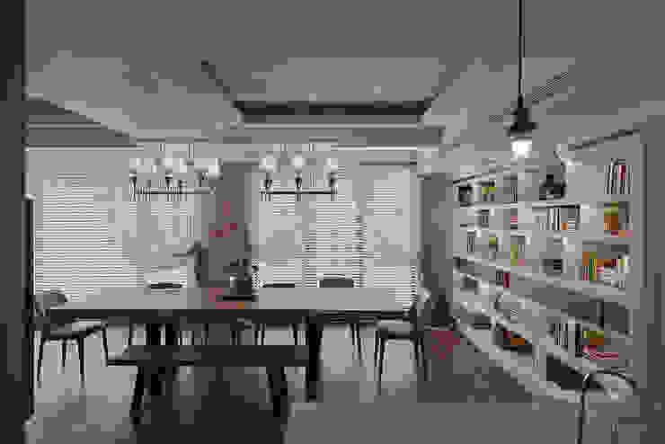 北歐摩登樓中樓輕混搭 Scandinavian style dining room by AIRS 艾兒斯國際室內裝修有限公司 Scandinavian