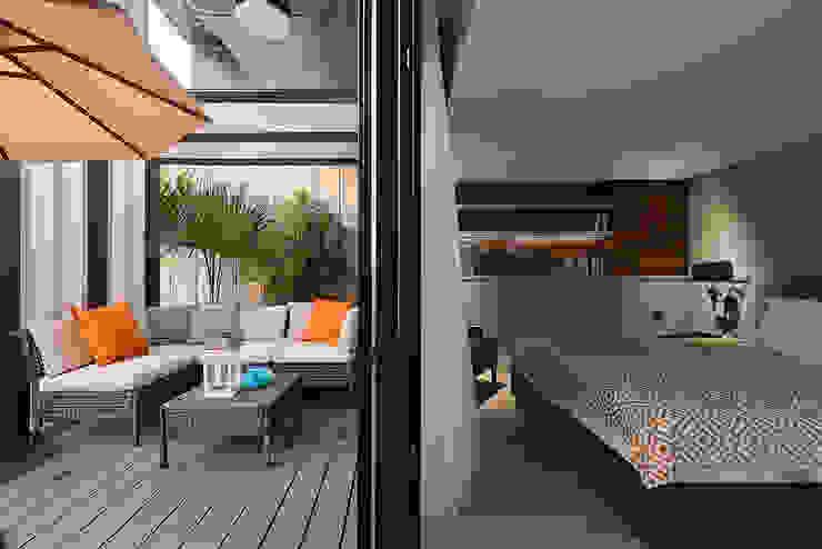 Balcon, Veranda & Terrasse scandinaves par AIRS 艾兒斯國際室內裝修有限公司 Scandinave