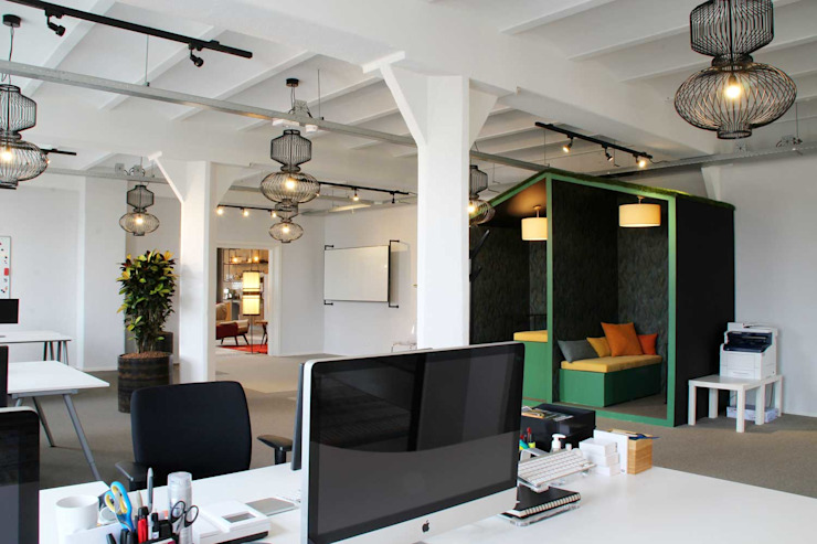 Roof Design Studio Study/office