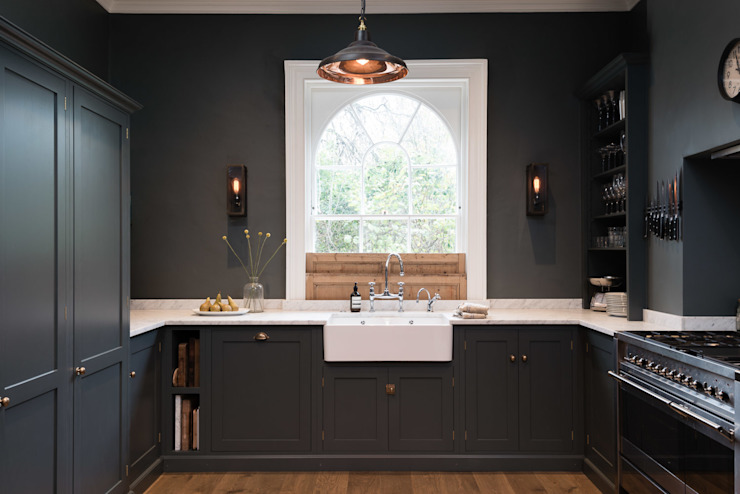 The Bloomsbury WC1 Kitchen by deVOL by deVOL Kitchens Classic