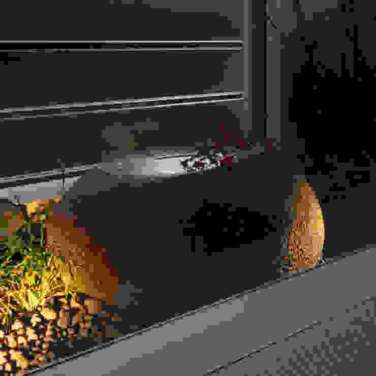 Modern style gardens by Mアーキテクツ|高級邸宅 豪邸 注文住宅 別荘建築 LUXURY HOUSES | M-architects Modern Stone