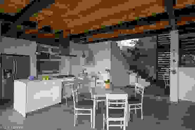 廚房 by arquitecturalternativa, 現代風