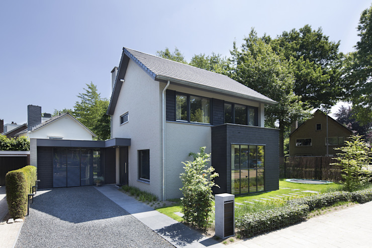 Modern home by Vermeer Architecten bv Modern