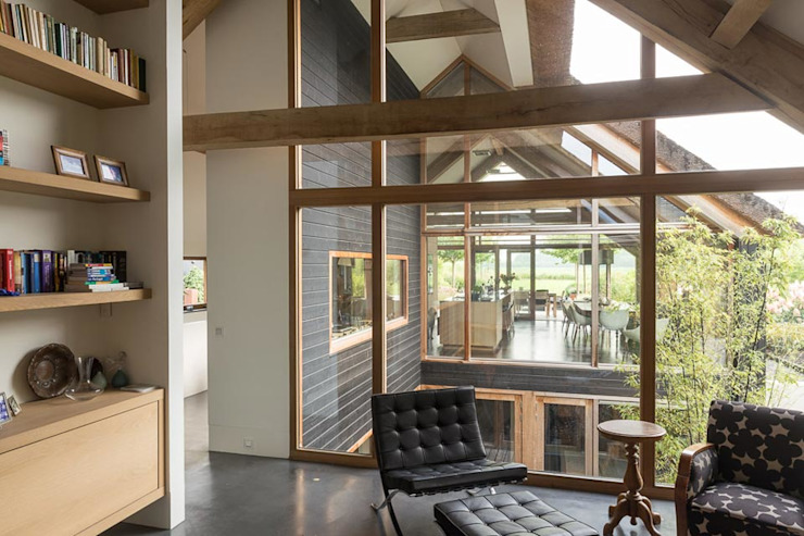现代客厅設計點子、靈感 & 圖片 根據 Kwint architecten 現代風
