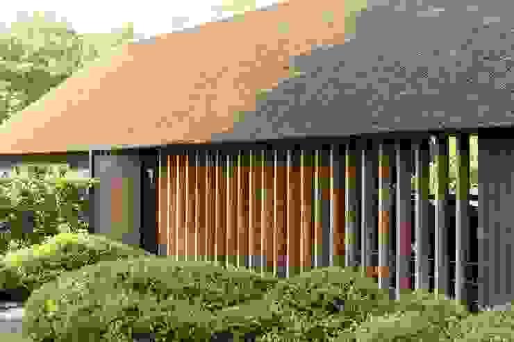 現代房屋設計點子、靈感 & 圖片 根據 Kwint architecten 現代風
