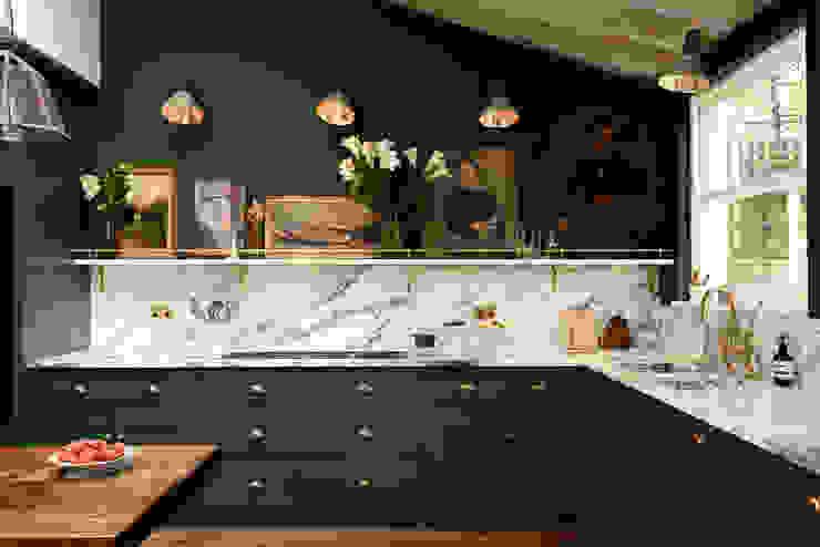 The Peckham Rye Kitchen by deVOL by deVOL Kitchens Classic لکڑی Wood effect