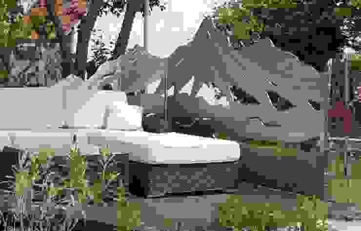 Balcones y terrazas de estilo moderno de Edelstahl Atelier Crouse - individuelle Gartentore Moderno Metal