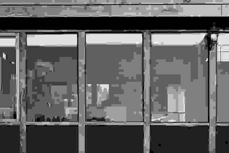 CASA AF Casas de estilo rústico de BLAC arquitectos Rústico Madera Acabado en madera