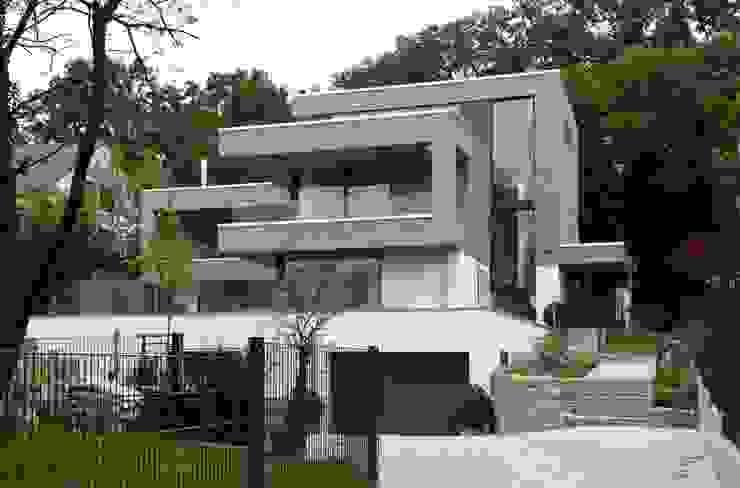 Дома в стиле модерн от Birke Architekten Модерн