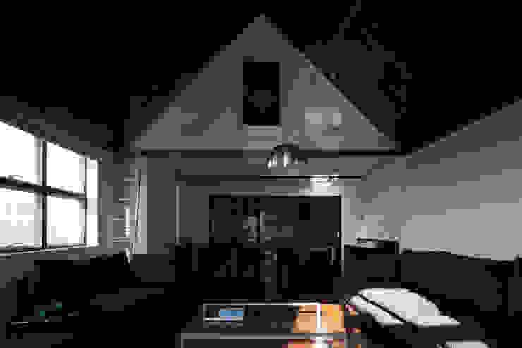 Mアーキテクツ|高級邸宅 豪邸 注文住宅 別荘建築 LUXURY HOUSES | M-architects Living room Concrete White