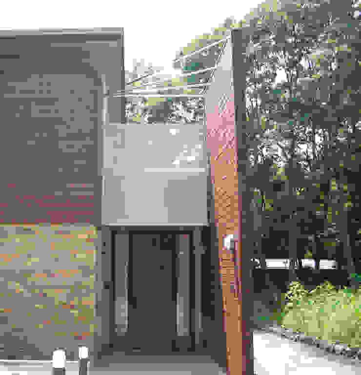 Modern houses by Mアーキテクツ 高級邸宅 豪邸 注文住宅 別荘建築 LUXURY HOUSES   M-architects Modern Aluminium/Zinc