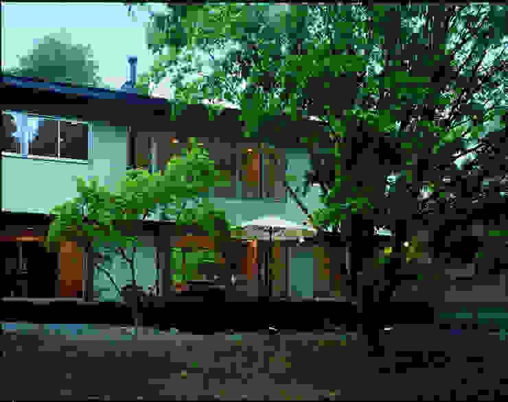 Modern houses by Mアーキテクツ 高級邸宅 豪邸 注文住宅 別荘建築 LUXURY HOUSES   M-architects Modern Ceramic
