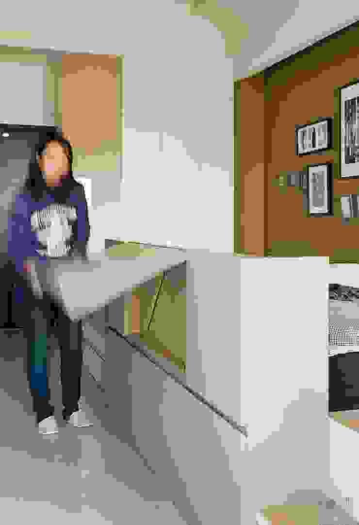 Oficinas de estilo minimalista de 禾光室內裝修設計 ─ Her Guang Design Minimalista