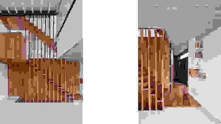 Wonen boven het maaiveld Moderne woonkamers van ARCHITECTUURBUREAU project.DWG Modern