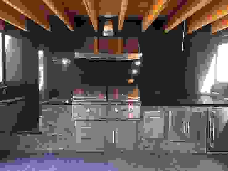 Nowoczesna kuchnia od Taller Luis Esquinca Nowoczesny Granit