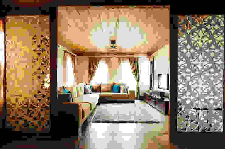 现代客厅設計點子、靈感 & 圖片 根據 Bilgece Tasarım 現代風