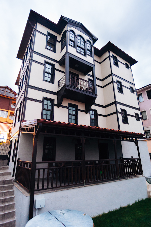 Bilgece Tasarım Modern houses