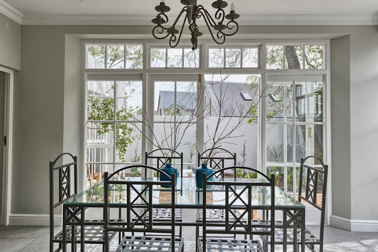 Eclectic style dining room by House Couture Interior Design Studio Eclectic