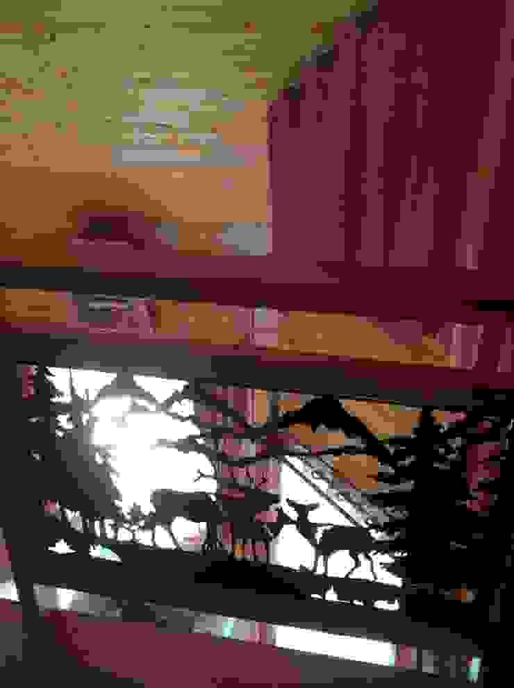 Log home นาคนิวาส44 โดย Sukjai Logcabin Partnership ผสมผสาน ไม้จริง Multicolored