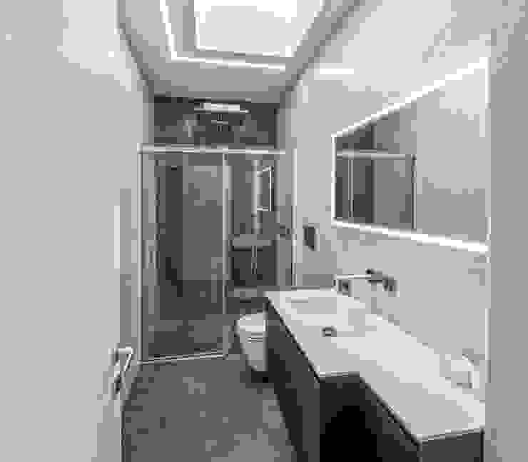 Baños minimalistas de SANSON ARCHITETTI Minimalista