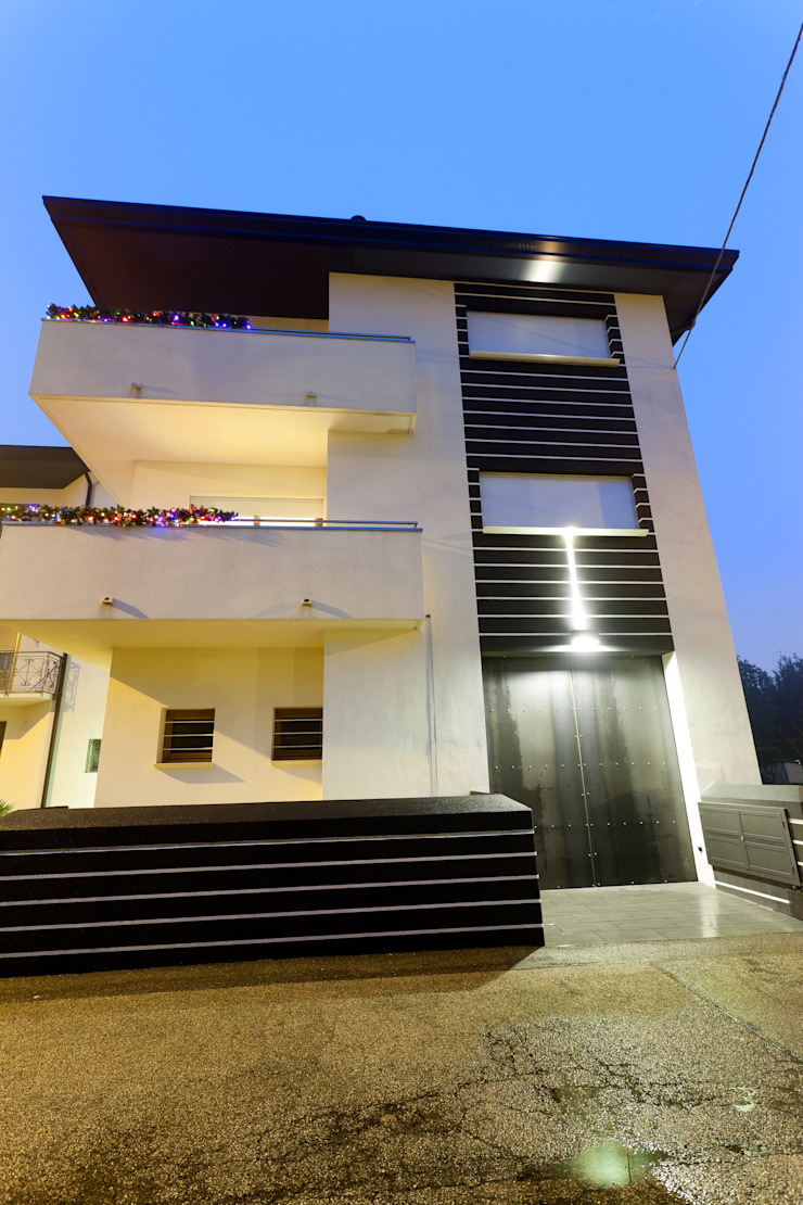 Modern Houses by SANSON ARCHITETTI Modern
