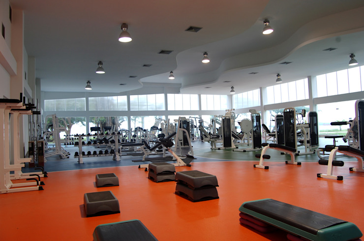 Modern Gym by Contextual Estudio Modern