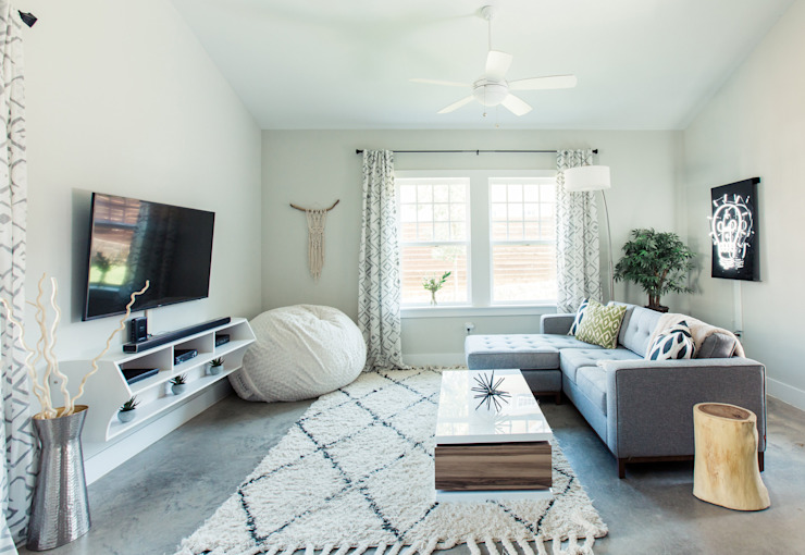 Modern living room by Brett Nicole Interiors Modern