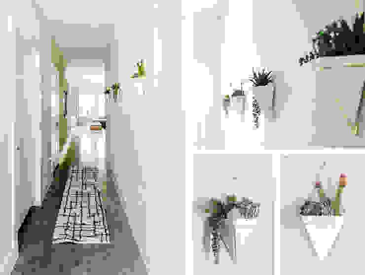 Urban Retreat Brett Nicole Interiors Modern Corridor, Hallway and Staircase
