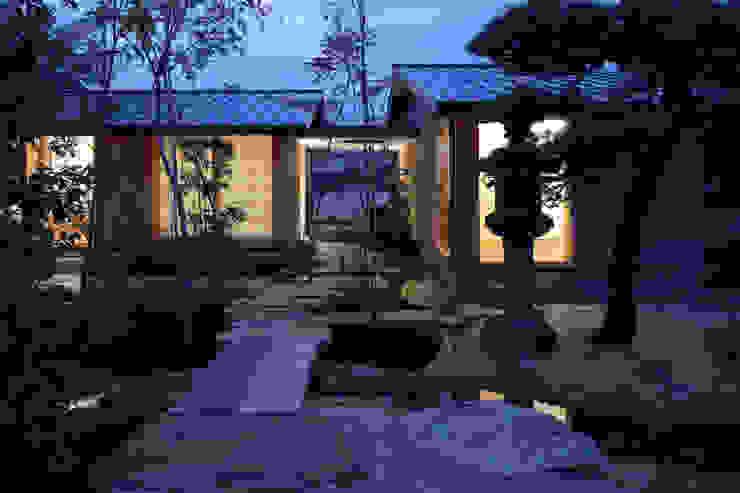 Casas asiáticas de 澤村昌彦建築設計事務所 Asiático