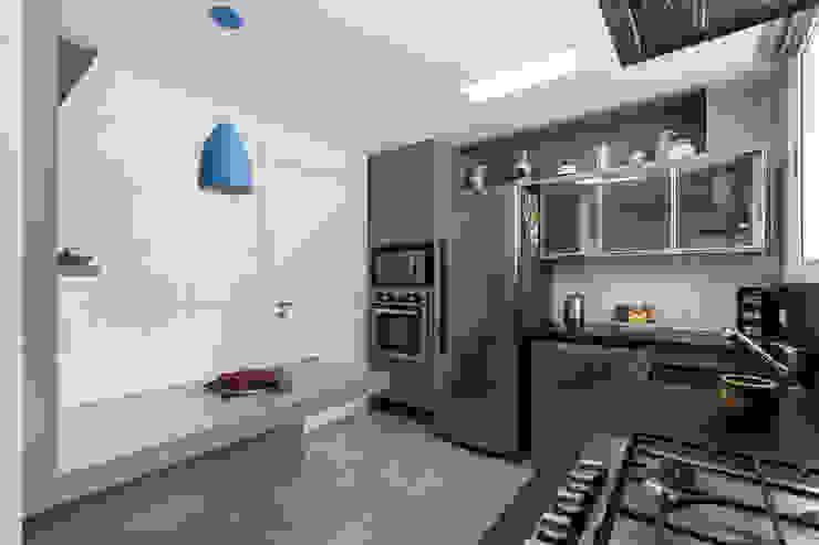 ECP | Cozinha Cozinhas minimalistas por homify Minimalista