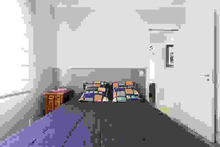 Kali Arquitetura Minimalist bedroom