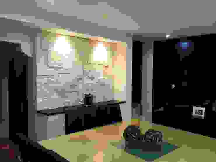 Столовая комната в стиле модерн от Arqca Модерн