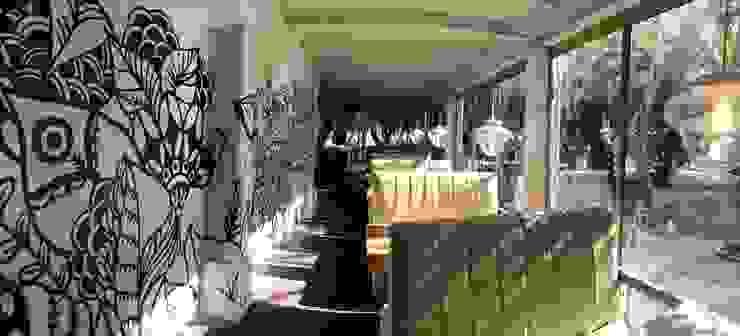 Santa Calma Bares y clubs de estilo mediterráneo de WASABI DESIGN Mediterráneo