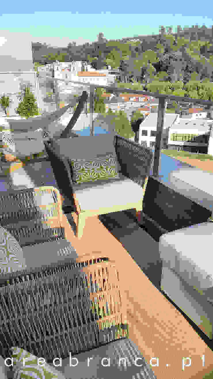 Modern Terrace by Areabranca Modern