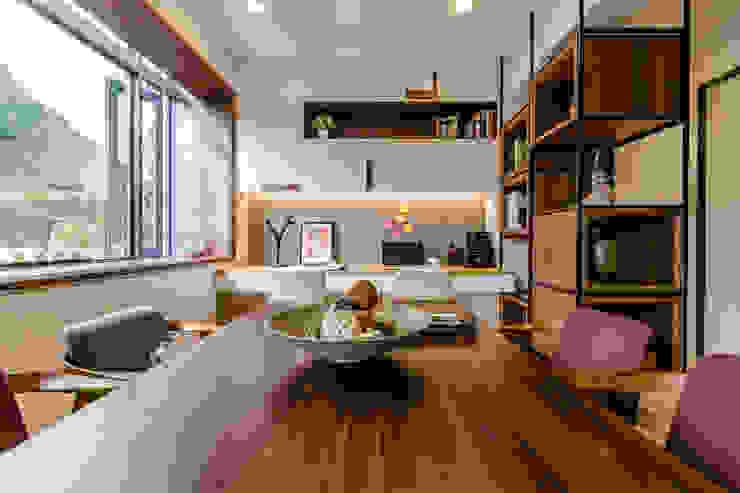 盛裝蓊鬱 根據 爾聲空間設計有限公司 現代風 木頭 Wood effect