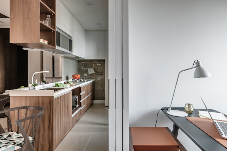 微型日光宅/C Residence Treasure Apartment 現代廚房設計點子、靈感&圖片 根據 爾聲空間設計有限公司 現代風