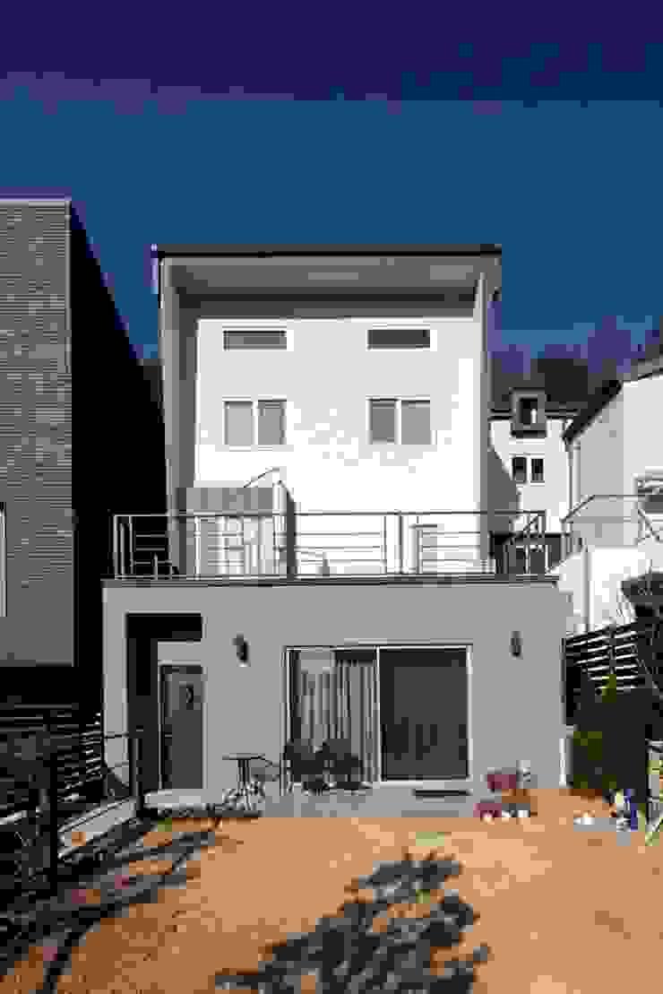 수하우징 프로젝트 A 모던스타일 주택 by 수하우징 모던
