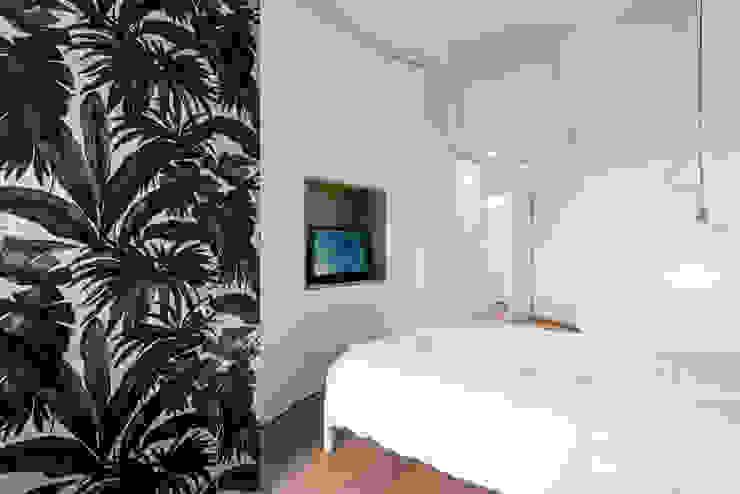 Scandinavian style bedroom by Tommaso Giunchi Architect Scandinavian