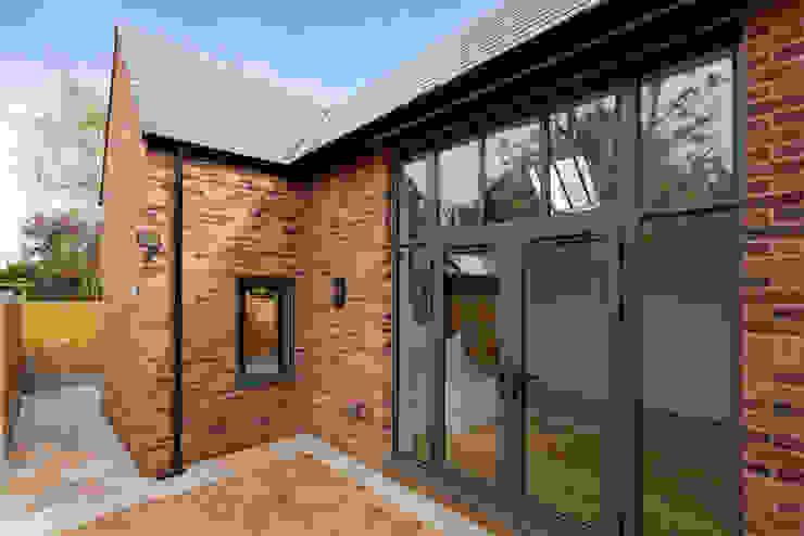 New-build Classic style houses by J.J.Mullane Ltd Classic