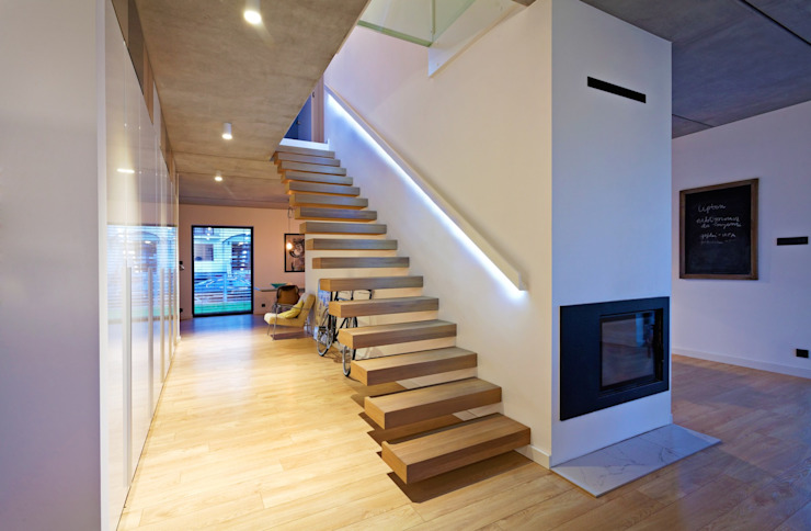 Modern corridor, hallway & stairs by lifestyle-treppen.de Modern Wood Wood effect