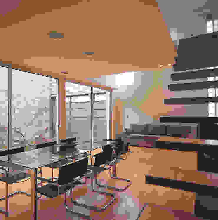 Casa Ocampo Salas modernas de costa & valenzuela Moderno