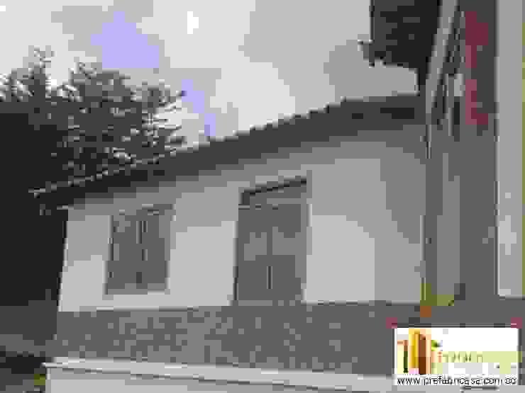Casa Prefabricada en Bogota Casas de estilo rústico de PREFABRICASA Rústico