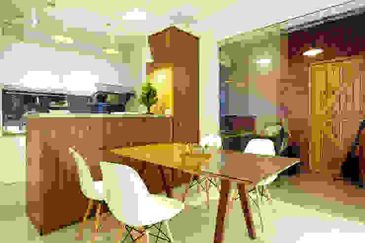 Industriële eetkamers van 双設計建築室內總研所 Industrieel