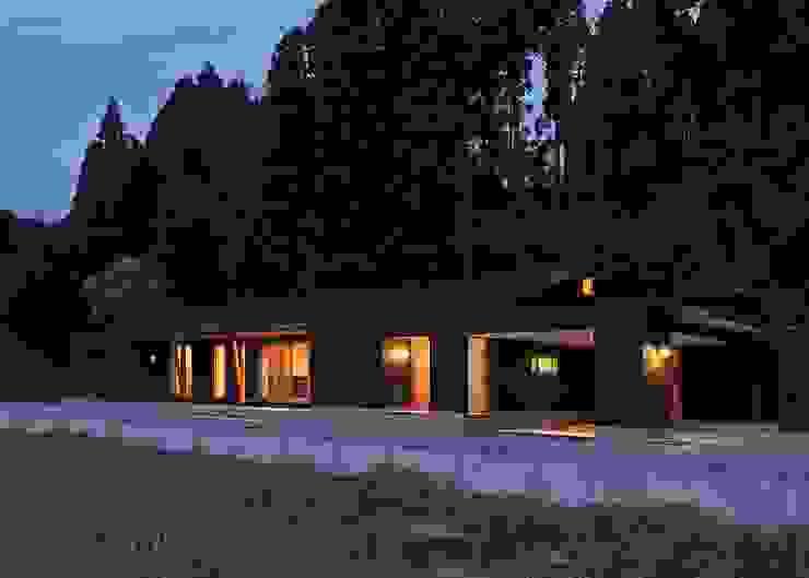 杜の癒しの家 モダンな 家 の ing-環境設計室 モダン
