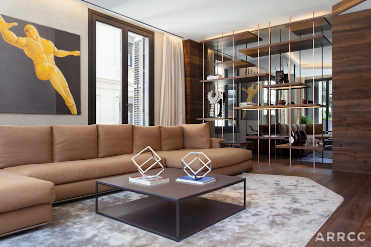 Barcelona Apartment:  Living room by ARRCC
