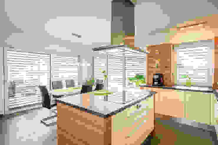 Cocinas de estilo moderno de WimbergerHaus Moderno