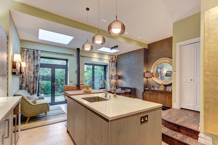 Creating a Sociable Kitchen Modern Kitchen by Chameleon Designs Interiors Modern Copper/Bronze/Brass
