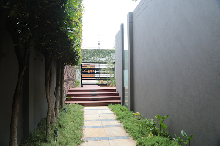Residence Zeederberg Modern Garden by AOJ | Architecture & Interiors Modern